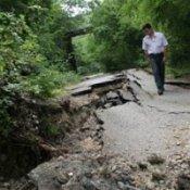 В Днепропетровске составили список оползнеопасных районов