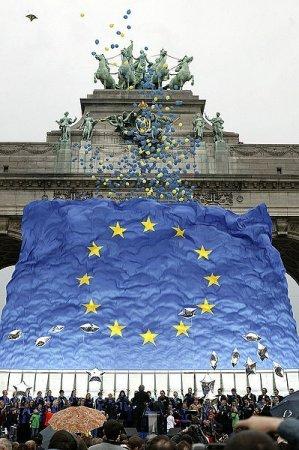 Со вторника начинаем говорит на иностранных языках и отмечать День Европы