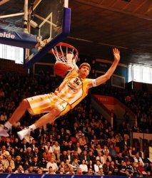 Из Украины в НБА: Вячеслав Кравцов переходит в «Детройт Пистонс»
