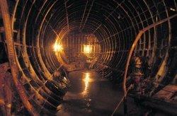 В Днепропетровске строители метро грозят начать «подземную» голодовку