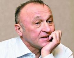 Павел Грачев отравился и находится в реанимации
