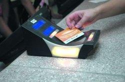 Жители Днепропетровска смогут оплатить свет в терминалах